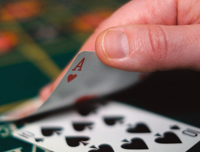 Hyvä blackjack strategia